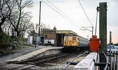 1979 - '308 at Cressing.. (Robert Gadsdon) Tags: 1979 br am5 class305 emu withdrawn scrapped cressingstation oldcrossinggates