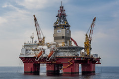 Songa Endurance (Esbern Christiansen) Tags: catd2 songaoffshoreas drilling endurance imo9633604 industrial industry ocean offshore oil oilfield oilplatform oilrig outdoor plat sea songa songaendurance songaoffshore statoil