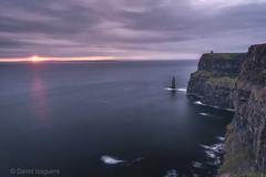 Acantilados de Moher (Tabernilla (David Izaguirre)) Tags: cliffsofmoher europa irlanda atardecer sundown ireland cliffs acantilados mar
