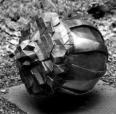 Origami Acorn Sculpture (pjpink) Tags: blackandwhite bw monochrome acorn origami sculpture art lewisginterbotanicalgardens lewisginter lewisginterbotanicalgarden northside rva richmond virginia june 2018 summer pjpink 2catswithcameras