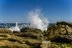 1/8000 sec splash (metsemakers) Tags: splash sony a7ii sea rocks spain