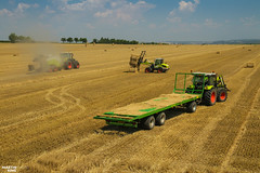 CLAAS Square Bales Team (martin_king.photo) Tags: harvest harvest2018 ernte 2018harvestseason summerwork powerfull martin king photo machines strong agricultural greatday great czechrepublic welovefarming agriculturalmachinery farm workday working modernagriculture landwirtschaft martinkingphoto moisson machine machinery field huge big sky agriculture tschechische republik power dynastyphotography lukaskralphotocz day fans work place clouds blue yellow gold golden eos country lens rural camera outdoors outdoor claasteam team posing allclaaseverything bales squarebales summer claastorion torion535 claastorion535 new neu claasatos claasaxion