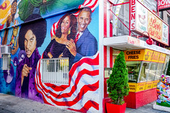 2018.07.25 Kamala Harris at Ben's Chili Bowl, Washington, DC USA 05272