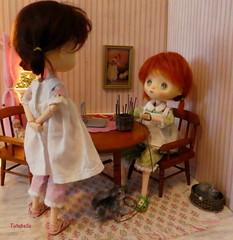 What-cha doin' Fig? (TutuBella) Tags: jerryberrydolls weaving mydollshaveskills dolls dollhouse cat kitty fig prim sisters