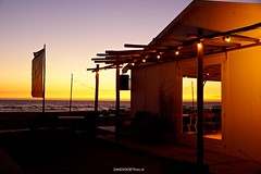 DSC02392 (ZANDVOORTfoto.nl) Tags: beachlife strand zandvoort aan zee sunset zonsondergang hippy fish hippie