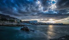 cloudy (Heinertowner) Tags: chersonisos kreta crete griechenland greece sonnendeck bay bucht sommer summer wasser meer mittelmeer wolke cloud blue hour blaue stunde nikon d3300 tokina 1116mm