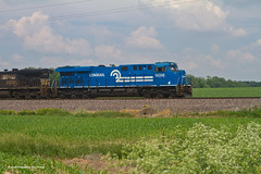 Conrail Heritage East of Douglas (tim_1522) Tags: railroad railfanning rail indiana in norfolksouthern ns southern east district intermodal generalelectric gevo es44ac c409w conrail heritage 8098