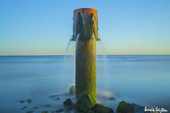 strand douche (silent witnesses) Tags: strand beach douche sunrise zonsopkomst ochtend thenetherlands travelmoments berrieleijten
