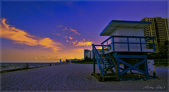 Of course, also the beach in the late afternoon. (Aglez the city guy ☺) Tags: lateafternoon miamibeach sobe southbeach colors clouds goldenhour urbanexploration outdoors walking walkingaround waterways seashore sea seascape beach beachscape