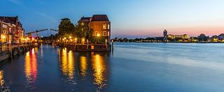 Dordrecht by night (1)