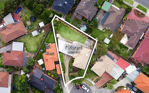 3 Hillas Ct, Mill Park VIC 3082