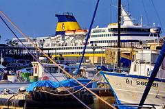 477 - Bastia un ferry dans le Port (paspog) Tags: bastia corse corsica france may mai 2018 port vieuxport ferry bateaux boats schiffe