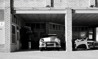 '51 Ford (explore)