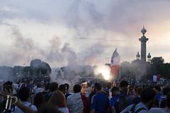 World Cup 2018 victory celebration (Jean-Phi92) Tags: canon7dmarkii fb artetculture catégorieprojet folklore objectifs streetphoto tamronsp35mmf18divcusd