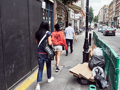20180724T14-35-59Z-P7240384 (fitzrovialitter) Tags: peterfoster fitzrovialitter city streets rubbish litter dumping flytipping trash garbage urban street environment london fitzrovia streetphotography documentary authenticstreet reportage photojournalism editorial captureone olympusem1markii mzuiko 1240mmpro microfourthirds mft m43 μ43 μft geotagged oitrack
