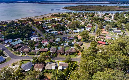 1 Dean Pde, Lemon Tree Passage NSW