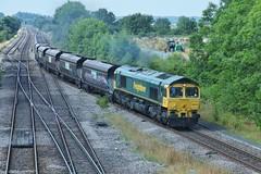 Hot Scunthorpe Coal (JohnGreyTurner) Tags: br rail uk railway train transport brocklesby lincolnshire freight fl freightliner hoppers 66 class66 shed diesel engine locomotive
