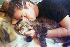 (martine.es) Tags: cat canonae canonae1 catlovers love girlsonfilm expired 35mm 35analog soaked souped soupfilm filmsoup filmphoto filmsoak filmneverdies filmphotography filmdestroyers