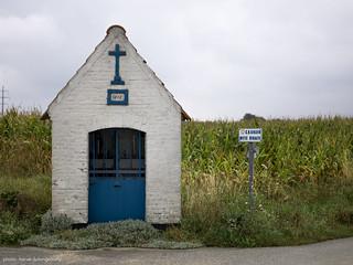 small edifice #18