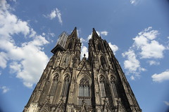 Cologne Dom, Cologne, Germany (廖法蘭克) Tags: colognedom cologne germany 科隆 德國 canon 6d canon6d leicaelmaritr19mmf28 leica manuallens manualfocus manual 手動鏡 手動對焦 手動老鏡 老鏡 科隆大教堂 unesco unescoworldheritage 世界文化遺產 frank frankineurope photographer photography photograph friends holiday vacation bluesky blue sunny sunshine historical historicalbuilding 歷史建築
