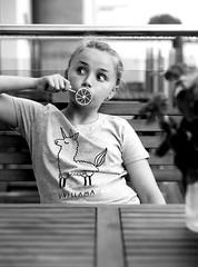 Eriell (livsillusjoner) Tags: poland reda polska girl girls young child children kid kids cute beautiful naturallight portrait people family love fun lolipop popsickle candy kjærlighet monochrome bw blackwhite blackandwhite outisde outdoor