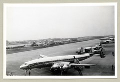 """Lockheed Super Constellation L-1049C (Vintage Cars & People) Tags: vintage classic black white """"blackwhite"""" sw photo foto photography airtravel aviation lockheed constellation connie lockheedconstellation l1049c 1950s fifties airport airfrance fbgne aéroport parisorly superconnie"""
