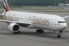 A6-EMW, Singapore Changi, June 24th 2004 (Southsea_Matt) Tags: a6emw emirates boeing 77731h wsss sin singapore changi june 2004 summer canon 10d aeroplane aircraft airport aviation transport