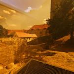 Burg Eisenhardt - hinter orangem Plastik thumbnail