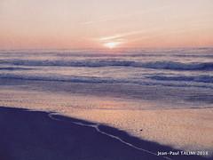 Soir couchant (JEAN PAUL TALIMI) Tags: jeanpaultalimi biscarrosse talimi texture aquitaine campagne coucherdesoleil mer solitude sudouest beach france rouge monochrome plage eau ocean ciel océan