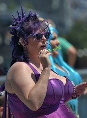 Bubble Trouble (Scott 97006) Tags: costume mermaid woman female lady bubbles starfish queen