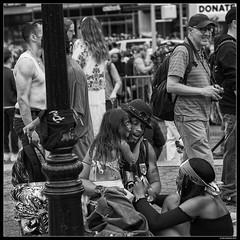 Free Love (LilFr38) Tags: lilfr38 fujifilmxpro2 fujinonxf56mmf12r fujifilm xpro2 newyork manhattan blackwhite noirblanc unionsquare makeitlegal legalise rally people love gens manifestation légaliser amour freelovedepechemode