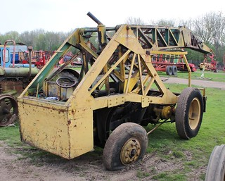 Jumbo Junior crane based on a Fordson Major tractor