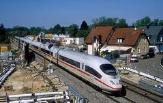 403 029  bei Rastatt  20.04.18 (w. + h. brutzer) Tags: rastatt eisenbahn eisenbahnen train trains deutschland germany ice railway zug db 403 webru analog nikon triebzug triebzüge