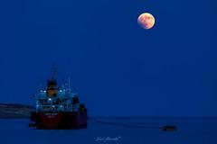 Lunar Eclipse (glank27) Tags: moon blood red lunar eclipse karl glanville canon eos 5d mk iv ef 70300mm f4l ship blue hour malta mediterranean sea seascape