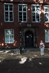 light&shadow@Bremen, Germany 2 (Amselchen) Tags: bicycle lightandshadow shadow season summer germany fujifilm fujinon fujifilmxt2 xf1855mmf284