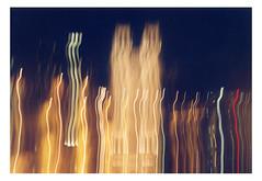 (Jordane Prestrot) Tags: jordaneprestrot film filmisnotdead analog argentique argéntico película pentaxp30 ♑ paris notredamedeparis architecture arquitectura blur flou borrón cathédrale cathedral catedral