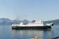"""""""Rødøy"""" og """"Skutvik"""" (OlafHorsevik) Tags: skutvik torghattennord thn fv17 rv17 kystriksveien ferge ferga ferry ferja ferje jektvik kilboghamn"""