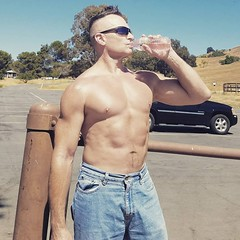 hiking (ddman_70) Tags: shirtless pecs abs muscle hiking outdoors jeans