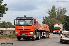 JV-2018-08-02-153 (johnveerkamp) Tags: trucks transport cote divoire ivory coast