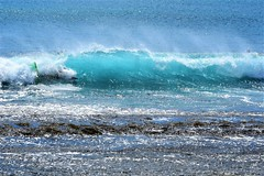 Maili Beach (thomasgorman1) Tags: hawaii oahu scenic nature waves nikon island shore bellyboard