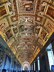Gallery of Maps, Vatican Museum, Rome (bluegrule) Tags: italia italy roma rome pope vaticanmuseum vaticano vatican galleryofmaps