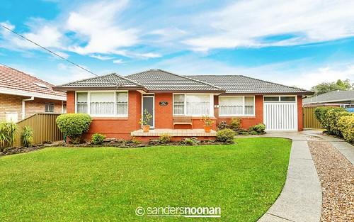 8 Dawn St, Peakhurst NSW 2210