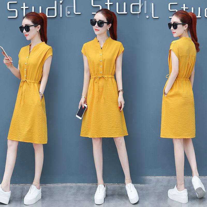 A cool summer dress, 2018 new styles of waist, small waist, medium length, casual A word skirt tide.