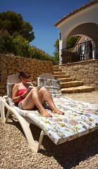 Nokia Lumia 1020 - Spain 2018 - Lisa at the Villa - 24 Jul 2018 (Gareth Wonfor (TempusVolat)) Tags: gareth wonfor tempusvolat garethwonfor tempus volat mrmorodo holiday spainholiday spain 2018 spain2018 vacance summer wife brunette reading girl woman shorts shortpants short book read reader boobtube tube tubetop beauty tan tanned sun sunshine sunglasses tanning prettywife pretty beautifulwife curves curved curvy legs thighs boobs boob sunbed steps villa candid