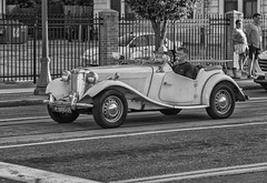 Delmar Loop (Explored Jul 24, 2018 #198) (Mike Matney Photography) Tags: delmarloop st louis stl midwest missouri canon eos6d july 2018 car automobile classic blackandwhite cruising