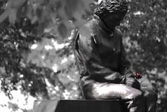 Ayrton (davide.alberani) Tags: senna monumento statue statua bandiere flags memorial acqueminerali ayrton