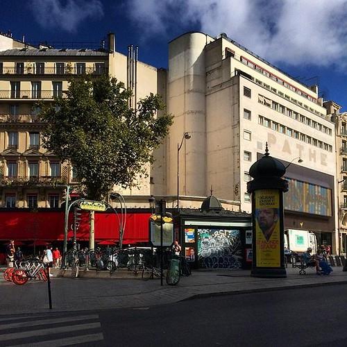 #Paris #placedeclichy