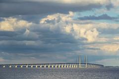 Denmark - Dragor - Oresund Bridge (Marcial Bernabeu) Tags: marcial bernabeu bernabéu denmark danmark dinamarca danish danes danés danesa scandinavia escandinavia europe dragor oresund puente bridge sea ocean mar oceano océano blue azul clouds nubes dragør