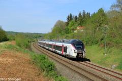 Intercités courbé (Lion de Belfort) Tags: train chemin de fer coulevon sncf intercités hautesaône vesoul b 85000 grand est ic 1 ic1