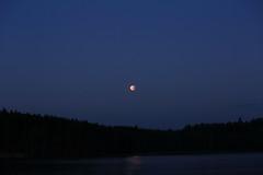 Full Lunar Eclipse_2018_07_28_0026 (FarmerJohnn) Tags: moon kuu kuunpimennys eclipse lunar lunareclipse partial fulllunareclipse osittainen täydellinenkuunpimennys fulllunareclipse27thjuly2018 luna moonlight kuutamo january winter tammikuu talvi 27thjuly2018 2772018 full fullmoon canon canoneos5dmarkiii canonef70200l40isusm suomi finland laukaa valkola anttospohja juhanianttonen